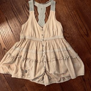Anthropologie EDME & ESYLLTE tan tank top, 4.